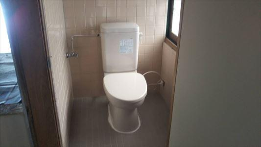ダイワ化成簡易水洗洋便器に取替ました。