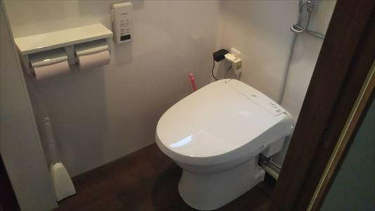 ダイワ化成オート洗浄 簡易水洗洋便器に取替ました。