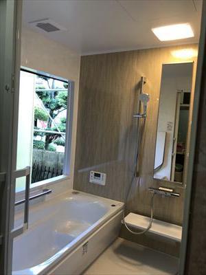TOTOシステムバスルーム サザナに取替ました。